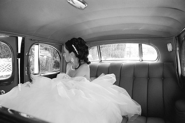 Black and white picture of a wedding gown
